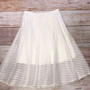 Leifsdottir Skirt White NWOT Size 2